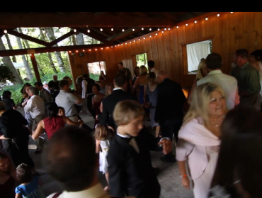 Mobile-Music-DJs-Moving-Picture-Weddings